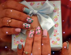 Beautiful nails, Beautiful nails 2016, Birthday nails, Festive nails, flower nail art, Flower nails, Leaves nails, Nails with rhinestones