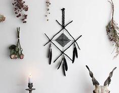 Oracle's Eye . suspension murale rune attrape-rêves viking
