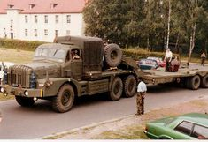 A Mk3 Mighty Antar of the 16 Tank Transporter squadron RCT BAOR