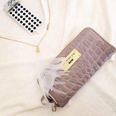 Designers, Bags, Fashion, Handbags, Moda, Fashion Styles, Fashion Illustrations, Bag, Totes