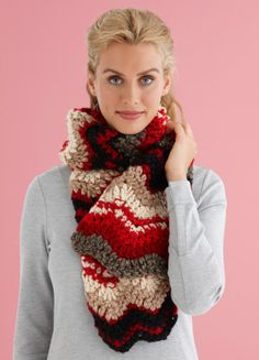 Spice up your winter with this ripple scarf.