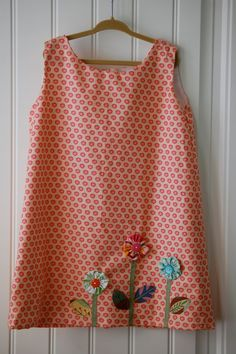 Little Girl's Summer Dress in Peach Size is 4  5 T by gogosthings, $17.00 Love the flower appliques