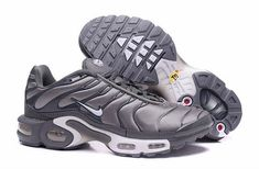 premium selection 8e194 356d9 Buy Nike Air Max Tn Mens Grey Metallic White Shoe For Sale from Reliable Nike  Air Max Tn Mens Grey Metallic White Shoe For Sale suppliers.