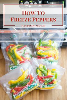 How to Freeze Sweet Bell Peppers using freezer bags or a food vacuum sealing system in recipe portions to make the dinner hour easier for busy moms. Freezing Vegetables, Frozen Vegetables, Freezing Fruit, Sweet Bell Peppers, Stuffed Sweet Peppers, Canning Bell Peppers, Freezing Bell Peppers, Food Saver Vacuum Sealer, Tandoori Masala