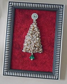 Vintage Pearl Christmas Tree Art Jewelry Picture