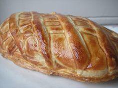 Magret de canard en croute et foie gras, Recette Ptitchef Foie Gras, French Food, Poultry, Chicken Recipes, Cooking, Menu, Table, Duck Breast Recipe, Meat