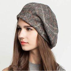 Black plaid beret hat for women vintage style