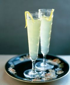 A delicious cocktail recipe for the Limoncello Sparkle cocktail with Cointreau, Limoncello and Champagne. See the ingredients, how to make it, view instrucitonal videos, and even email or text it to you phone.