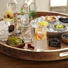 Cheap Coffee Shops Near Me Serving Tray Decor, Serving Platters, Food Platters, Drinks Tray, Yummy Drinks, Beverages, Fancy Drinks, Ottoman Tray, Large Tray