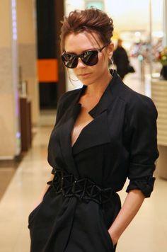 Ladies in Black https://www.facebook.com/AnGDesignHandmadestudiO/photos/a.481389138631900.1073741858.238564979580985/481389218631892/?type=3