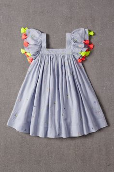 Nellystella - Nellystella Chloe Dress in Scatter Embroidery – The Girls @ Los Altos Kids Frocks Design, Baby Frocks Designs, Kids Dress Wear, Kids Gown, Baby Summer Dresses, Dresses Kids Girl, Baby Dresses, Summer Baby, Dress Summer
