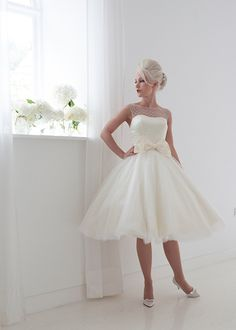 Vintage 2015 Short Wedding Dresses Tea Length A Line High Neck Tulle With Lace Appliques Bow Taffeta Wedding Bridal Gowns DD61-in Wedding Dresses from Weddings & Events on Aliexpress.com | Alibaba Group