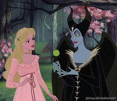 """""""Godmother, Phillips asked me to Marry him"""" 🌸😈🧚🏻♀️ Maleficent 2 into Animation! I legit love thinking about the """"what if"""" with these live… Disney Animation, Disney Pixar, Disney Memes, Disney Villains, Disney And Dreamworks, Disney Characters, Animation Movies, Aurora Disney, Images Disney"""