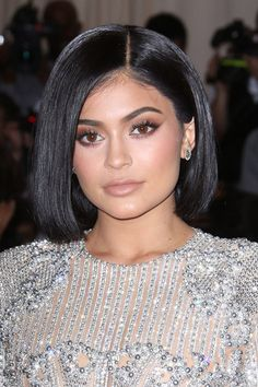 KYLIE JENNER'S GLOSSY MET GALA STYLE