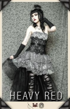 If I would be a prom girl, I would like to wear this. It looks so enchanting that has some dark undertones in it. Too bad for me, there are some things to consider: 1.) I came from and conservative Catholic school and clothing has strict rules. 2.) Not in my budget. 3.) I'M A GUY. ;)
