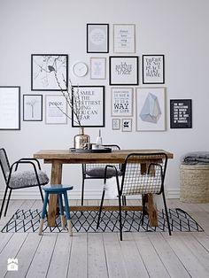 Fajny stół + podoba mi sięstyl w którym każde krzesło jest inne