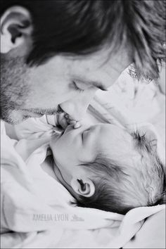 Daddy + Lola | Father Daughter newborn picture
