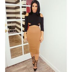 Instagram media by amrezy - #OOTD Top @boohooofficial Skirt Woldford Shoes Steve Madden #glamrezy