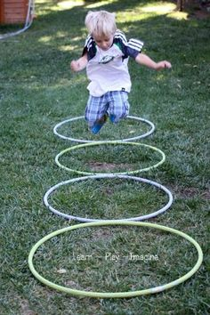 Gross motor games play with hula hoops! I like the activities in the link with hula hoops, really nice out door play games.I think we can just provide hula hoops and let children think how to engage with them, join their game that create by themselves! Motor Skills Activities, Movement Activities, Gross Motor Skills, Preschool Games, Toddler Activities, Summer Activities, Sensory Activities, Physical Activities For Preschoolers, Emotions Preschool
