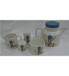Oh So Adorable Vintage Tea Set : Oh my I so want this!!!- full size Holly Hobbie 5 piece tea set made ...