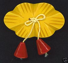 Floral Shaped Bakelite button