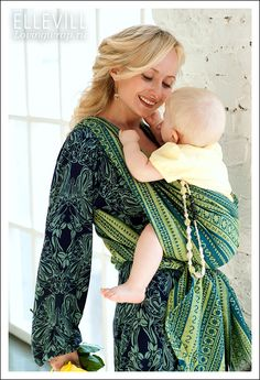 Ellevill Zara Lemongrass... Super chic mamas match their sling to their clothes!