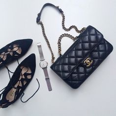 shoes √ …… watch √ …… clutch √