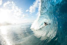 Jeremy Flores really knows how to make the most of this tahitian bomb. #EnjoyTheRide Photo: ©Timo #Quiksilver