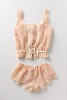 i'm developing a mild obsession with the color peach. sleepwear of choice, please.