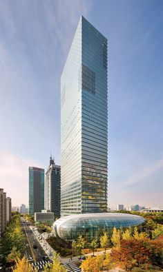 Adrian Smith + Gordon Gill Architecture (AS+GG) announced today the public opening of the new Federation of Korean Industries (FKI) headquarters in Seoul.  AS+GG collaborated with engineering firms