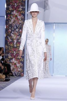 Tamara Ralph and Michael Russo continued doing what they do best: making the dreams of the women in their front row come true – there were smiles and almost tears. [CONTINUE RE...