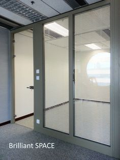 Glass System Wall 怡和大廈 (厚框雙層清玻璃屏風-內置百葉 Double Clear Glass Panel with blind) 7