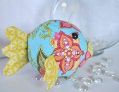Scrappy project - Riley Blake Designs Blog: Blowfish pincushion