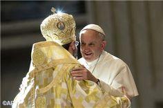 Pape François - Pope Francis - Papa Francesco - Papa Francisco - Les grecs catholiques d'Ukraine en pèlerinage à Rome, nov 2013