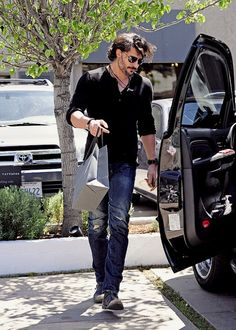 Joe in West Hollywood on True Blood Werewolf, Joe Manganiello, West Hollywood, Boyfriends, Eyes, Sexy, Movies, Films, Friends