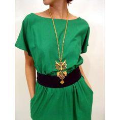 eBay: Vintage 80s Kelly Green SLOUCHY TOP Boho Urban Dress! (item 330093799988 end time Mar-08-07 18:30:00 PST) - Photo