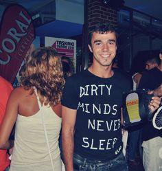 À Nossa e ao Verão para Sempre. Festas de Verão Cerveja Coral