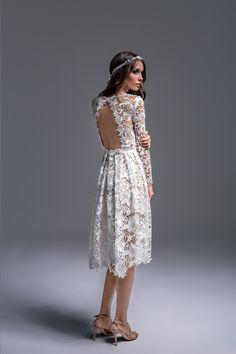 Bruna to suknia w stylu boho, idealna na ślub cywilny, przyjęcie weselne w…