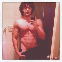 michael viruet muscles