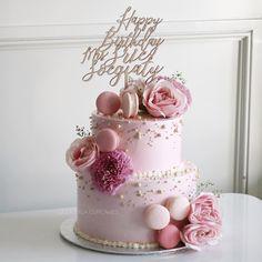 cake ideas for women birthday & cake ideas . cake ideas for men . cake ideas for women birthday . cake ideas for girls birthday . cake ideas for boys . Bday Cakes For Girls, Pink Birthday Cakes, Girl Cakes, 70th Birthday Cake, Wedding Cake Prices, Wedding Cakes, Cake For Husband, Instagram Cake, Buttercream Cake