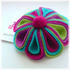 Love everything about this cute felt flower | felt crafts by jojablueberry