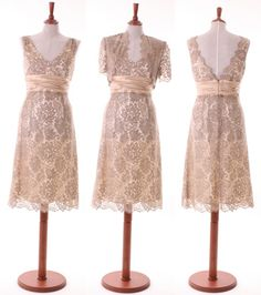 Antique lace bridesmaids dresses.... Would have loved this for my wedding!!!!
