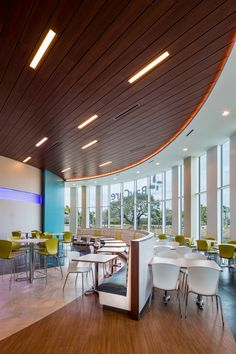 BayCare Health Systems Corporate Campus / Gresham, Smith and Partners- Corporate Design Cafeteria Design, Workplace Design, Healthcare Design, Corporate Design, Commercial Interior Design, Commercial Interiors, Food Court Design, Lunch Room, Hall Design