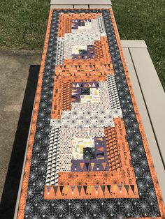 Quilted Log Cabin Halloween Table Runner by TeaTimeQuiltsnMore on Etsy