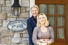 """Bruce Boxleitner & Barbara Niven co-star as """"Bob & Peggy Beldon"""" owners of the local B in """"Debbie Macomber's Cedar Cove."""" SO CUTE!"""