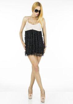 Bluza dama Bell Flower  -Bluza dama eleganta  -Model usor ce cade lejer pe corp si poate fi purtat cu usurinta la diferite ocazii  -Design extrem de interesant     Lungime: 65cm  Latime talie: 40cm  Compozitie: 100%Poliester Camisole Top, Tank Tops, Model, Dresses, Design, Fashion, Vestidos, Moda, Halter Tops