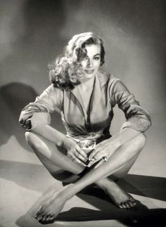 honey-rider:    Studio portrait of Anita Ekberg by Pierluigi, 1956