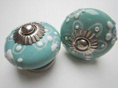 054 Originele en zeer mooi kastknopje   Porseleinen kastknoppen   Porseleinen Knoppen