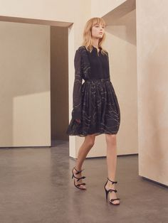 Discover Starry Sky Dress and shop online on CHLOE Official Website. 17SRO2617S221