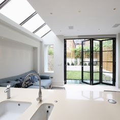 Hedgehog Aluminium Systems work on a wide range of building projects. From private residential extensions, new build homes, multi-unit residential projects, listed buildings and commercial projects. Dark Doors, White Kitchen Decor, Aluminium Doors, House Extensions, Mondrian, Sliding Glass Door, New Builds, Steel Frame, Showroom